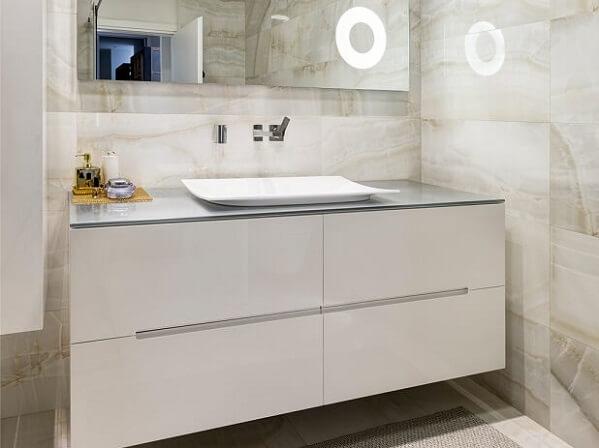 ארון אמבטיה אפוקסי
