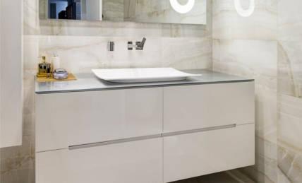 ארון אמבטיה אפוקסי מעוצב