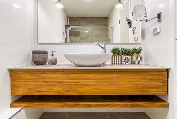 ארון אמבטיה עץ בשילוב מדף תחתון