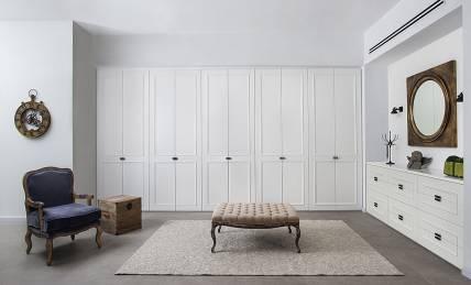 ארון פתיחה 10 דלתות צבע לבן