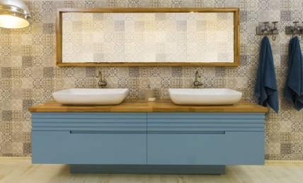 ארון אמבטיה בגימור אפוקסי, משטח עליון בוצ'ר