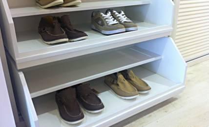 ארון נעליים תוצרת זדקה
