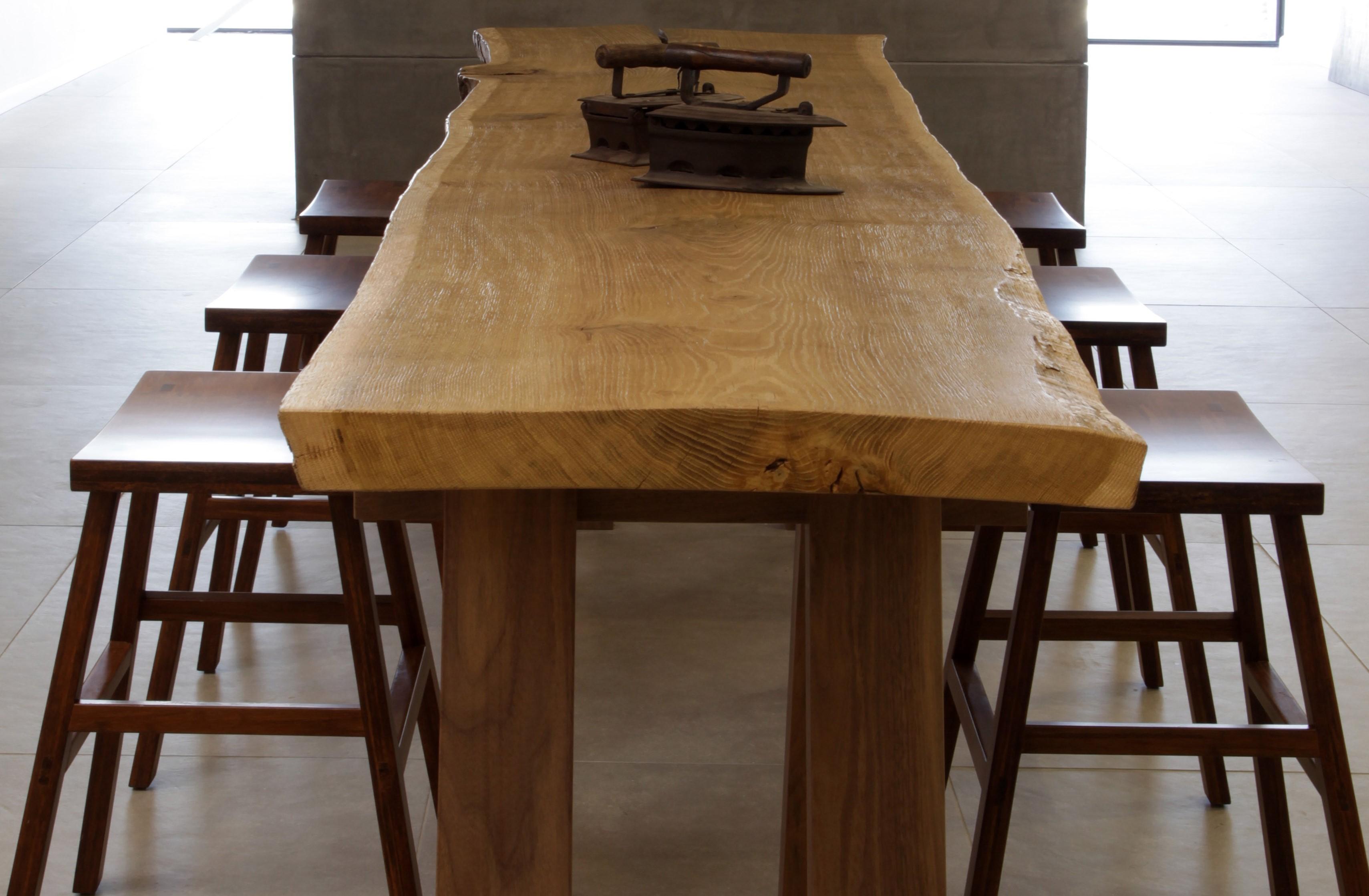 שולחן פלח עץ אקליפטוס